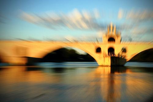 Sur le pont d'Avignon... par Boccalupo