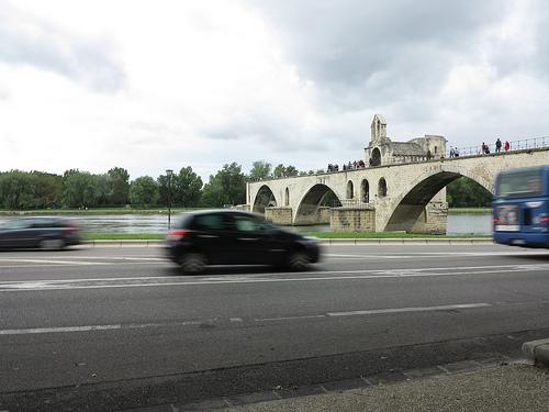 sur le Pont d'Avignon... by ornella..s