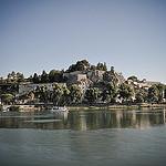 Le Rocher des doms à Avignon vu du Rhône par Joël Galeran - Avignon 84000 Vaucluse Provence France