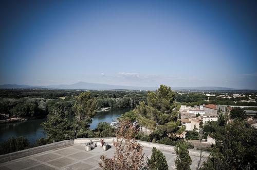 Vu du Rocher des doms sur le Rhône et le Mont-Ventoux par Joël Galeran
