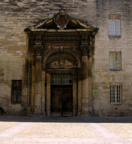 Porche du couvent des Célestins, Avignon par Klovovi