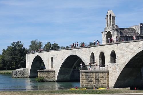 Pont d'Avignon et sa chapelle par gab113