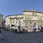 L'Hôtel des Monnaies, Place du Palais des Papes - Avignon par Massimo Battesini - Avignon 84000 Vaucluse Provence France