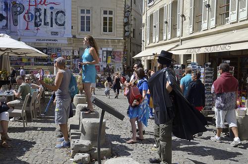 Zorro au festival d'Avignon by Massimo Battesini