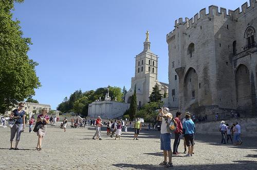 Provence - Avignon : place du palais des papes by Massimo Battesini