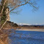 Au loin, les Alpes - Durance par  - Beaumont de Pertuis 84120 Vaucluse Provence France
