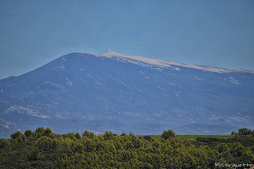 L'imposant Mont Ventoux par mistinguette.mistinguette