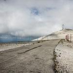 Arrivée au sommet du Mont Ventoux par p&m02 - Bédoin 84410 Vaucluse Provence France
