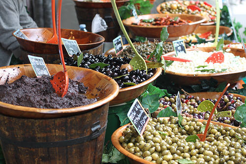 Olives - Marché de Bedoin by gab113