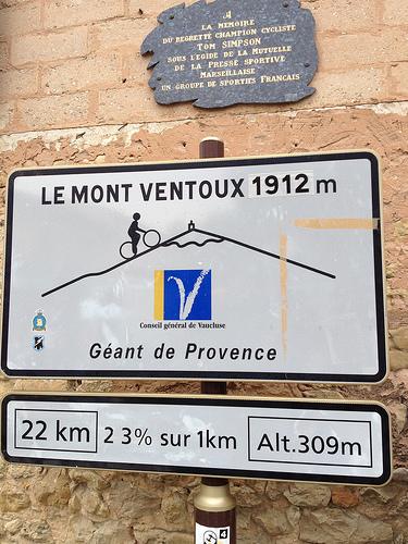 Départ du mont-ventoux à Bédoin : 22 km... by gab113
