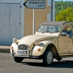 Citroen - 2CV - in Provence par C.R. Courson - Bonnieux 84480 Vaucluse Provence France