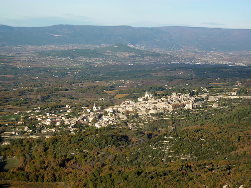 Bonnieux depuis la fort des cdres (petit lubron) by Too del Barrio