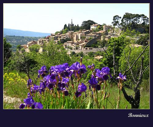 Bonnieux - Printemps dans le Luberon par myvalleylil1