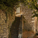 Petit escalier authentique à Bonnieux by Lio_stin - Bonnieux 84480 Vaucluse Provence France