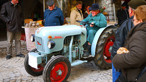 Tracteur ancien by france pierre26