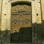 Porte sculptée ancienne par dm1795 - Cavaillon 84300 Vaucluse Provence France