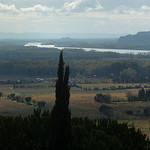 Vue vers Avignon et sur le Rhône par Toño del Barrio - Châteauneuf-du-Pape 84230 Vaucluse Provence France