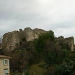 Ruines du château féodal de Gigondas - Vaucluse  by Vaxjo - Gigondas 84190 Vaucluse Provence France