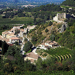 The old village of Gigondas : wine and stones par Sokleine - Gigondas 84190 Vaucluse Provence France