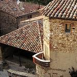 Tuiles de Gigondas par Sokleine - Gigondas 84190 Vaucluse Provence France