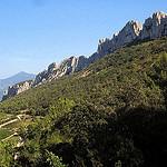 Dentelles de Montmirail : paradis de la vigne et des randonnées par Sokleine - Gigondas 84190 Vaucluse Provence France