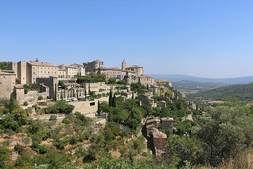 La vue magique sur Gordes : un village à étage par gab113