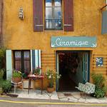 """Gift Shop """"Céramique"""" Provence, France par Boris Kahl - Gordes 84220 Vaucluse Provence France"""