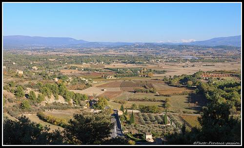 Vue de Gordes by Photo-Provence-Passion