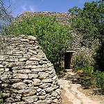 Bories près de Gordes par Klovovi - Gordes 84220 Vaucluse Provence France