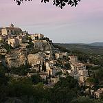 Gordes au couché du soleil par Pab2944 - Gordes 84220 Vaucluse Provence France
