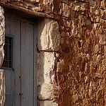 Porte à Roussillon by Michel Seguret - Roussillon 84220 Vaucluse Provence France