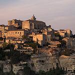 Gordes et ses maisons au coucher du soleil... by ScottHampton - Gordes 84220 Vaucluse Provence France