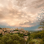 Gordes, stormy evening par Tony N. - Gordes 84220 Vaucluse Provence France