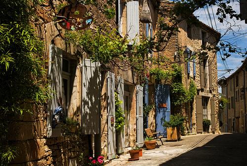 A street in Goult, Provence par ebenette