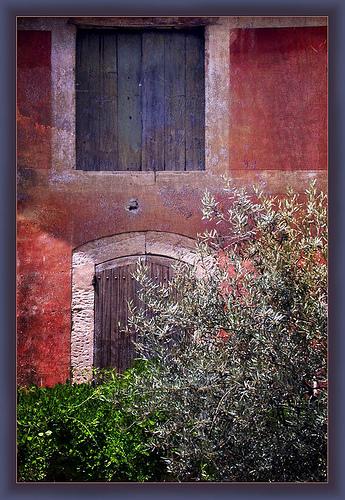 Couleurs - Goult en Provence par Periegese ©