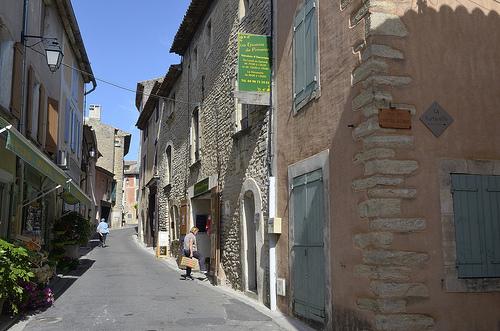 Ruelles à Goult by Massimo Battesini