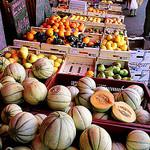 Market - Melone and other Fruits par wanderingYew2 - L'Isle sur la Sorgue 84800 Vaucluse Provence France