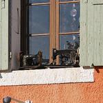 Machines à coudre - Isle-sur-la-Sorgue (Vaucluse) by Luca & Patrizia  - L'Isle sur la Sorgue 84800 Vaucluse Provence France