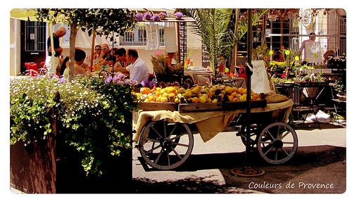 L'Isle-sur-la-Sorgue - Couleurs de Provence par YourDarlinClementine