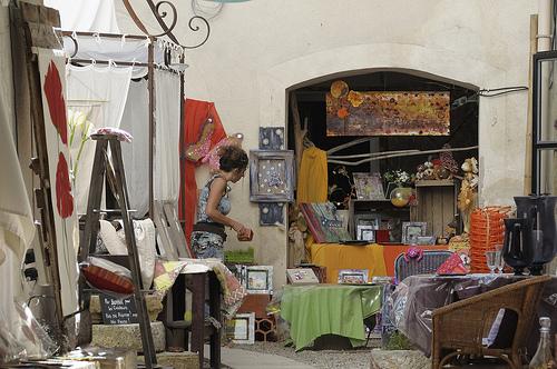 Antiquités et déco à L'Isle-sur-la-Sorgue par Massimo Battesini