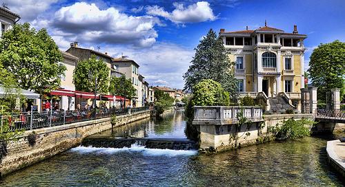 Les canaux de L'Isle Sur La Sorgue, Provence by marty_pinker