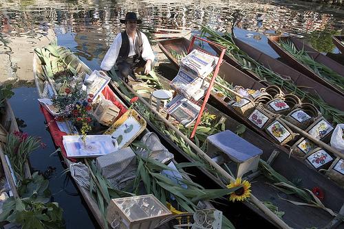 Barques du Marché Flottant de l'Isle sur la Sorgue par Massimo Battesini