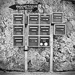 Magnétiseur ou bonnes nouvelles par la poste by Bitxuverinosa - L'Isle sur la Sorgue 84800 Vaucluse Provence France