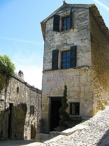 Ancien Boulanger - Dans les ruelles de Lacoste by myvalleylil1