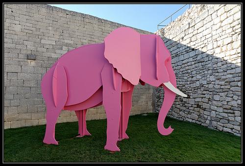 L'éléphant rose par Gramgroum