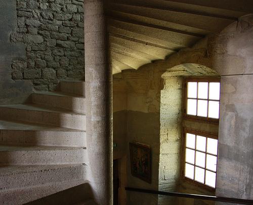 L'escalier du Château du barroux by michelg1974