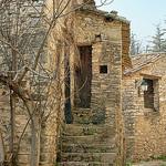 L'escalier - Boisset - Saint-Martin-de-Castillon par Charlottess -   Vaucluse Provence France