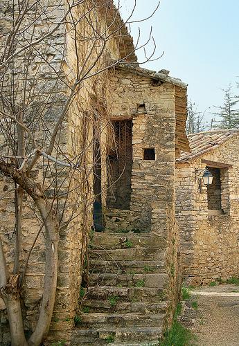 L'escalier - Boisset - Saint-Martin-de-Castillon by Charlottess