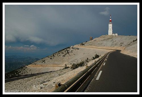 Le sommet du Mont-Ventoux par michel.seguret