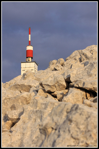 Sommet de pierres du Mont-Ventoux par Photo-Provence-Passion